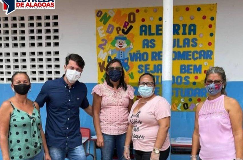 Secretário de Educação, Juliano Balbino, continua visitando escolas do município.