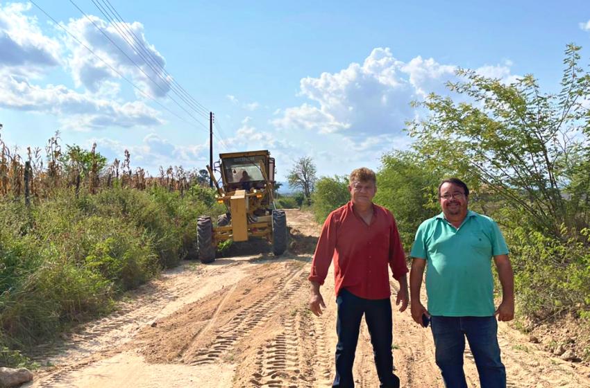 Os trabalhos para a recuperação das estradas vicinais continuam
